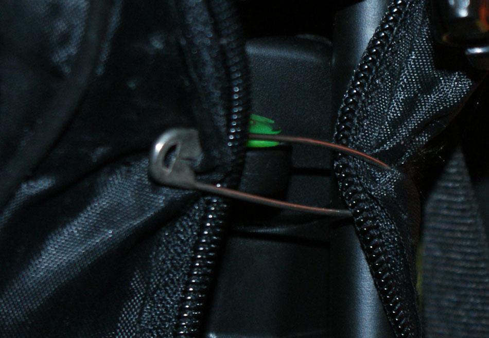 74d71c59f864 Замена молний на обуви и сумках Ателье
